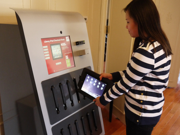 iPad Vending Machine