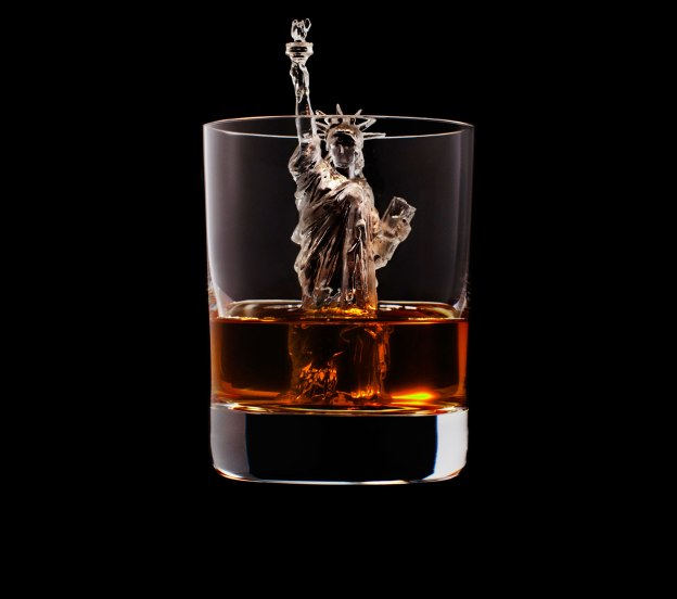 3d printing ice cubes 3d on the rocks whiskey commercial bgr. Black Bedroom Furniture Sets. Home Design Ideas