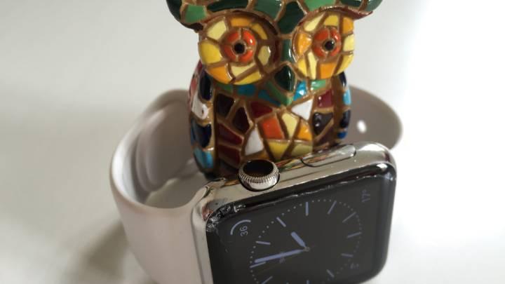 Apple Watch Sapphire Screen Cracked