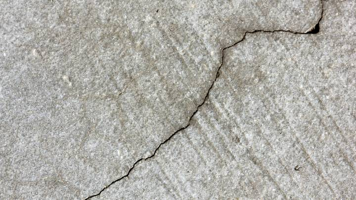 Self Healing Concrete Limestone Producing Bacteria