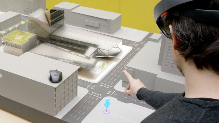 Microsoft HoloLens Top 5 Features