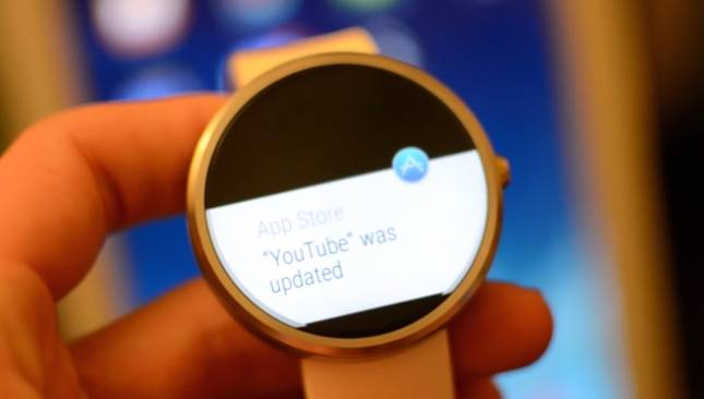 Moto 360 2015 Smartwatch Video
