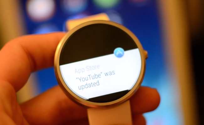 Moto 360: Android Wear to iPhone Connection