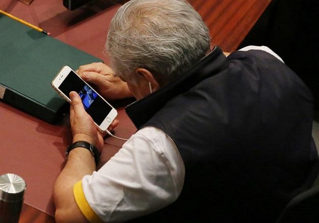 iPhone Politician