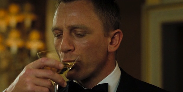 James bond drinking how big of an alcoholic is agent 007 for Cocktail 007 bond