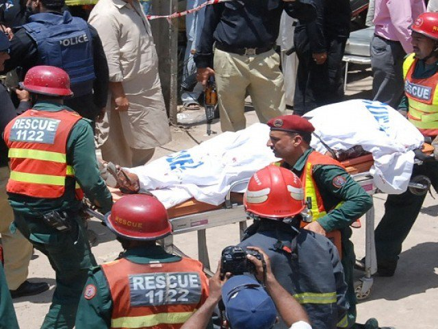 Suicide Bombers Kill Themselves Fight
