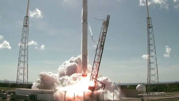 Rocket Launches 2015 Video