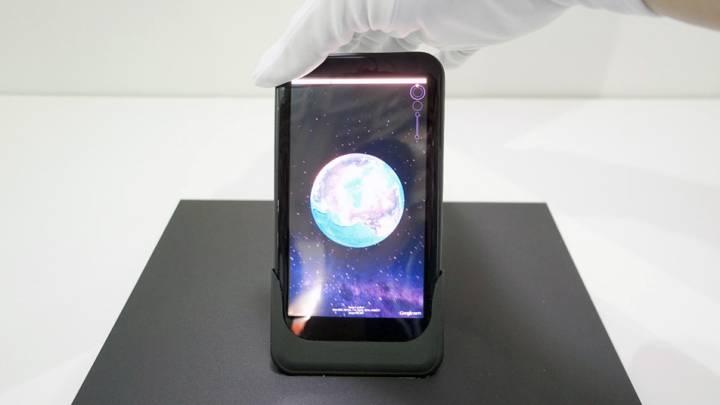Bendable Screen Phone