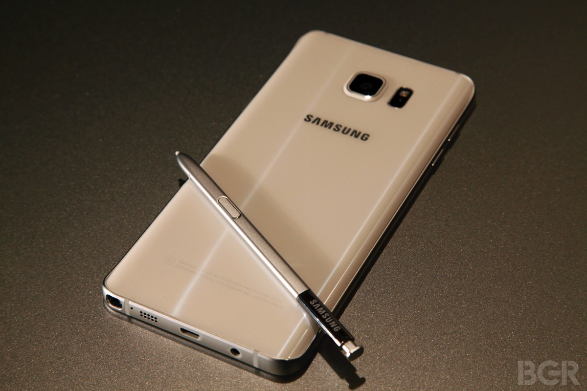Galaxy Note 5 Vs iPhone 6 Plus
