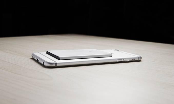 Dual SIM iPhone 6 Piece Kickstarter