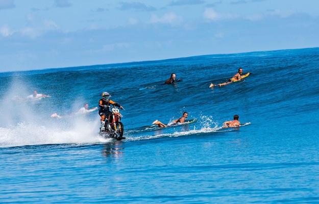 Stunt Video Robbie Maddison Surf