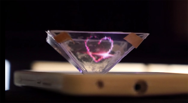 iPhone Hologram Projector