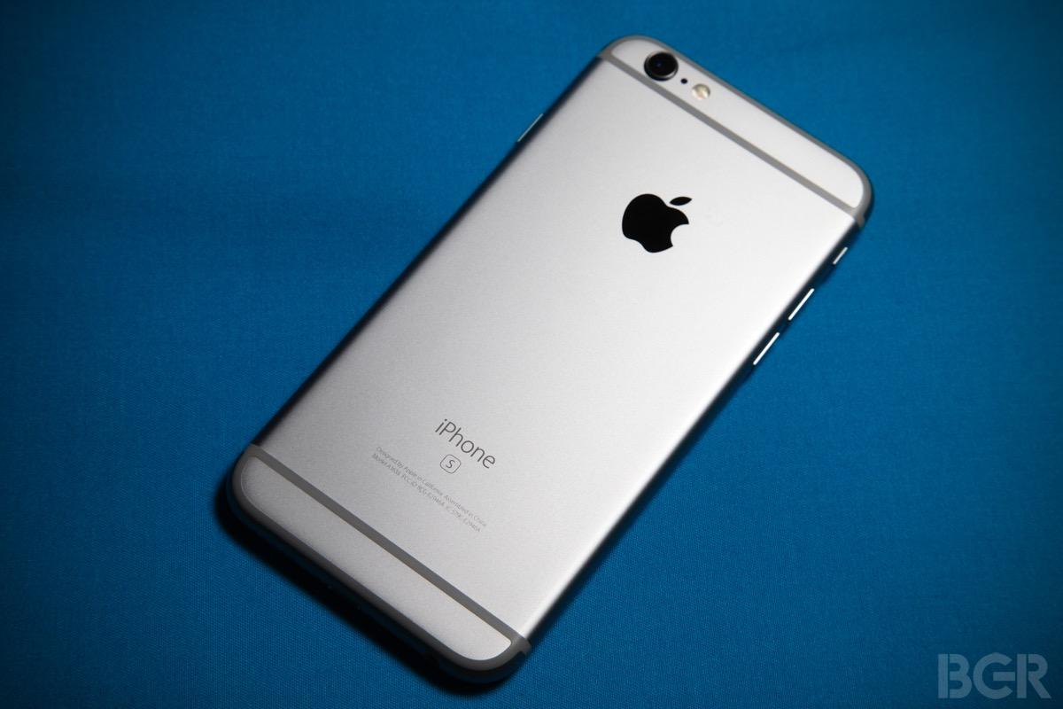 iPhone Costs Around the World