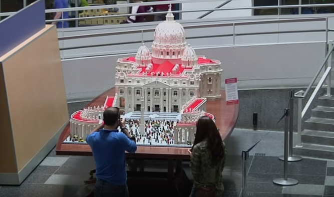 Lego Vatican Replica Video