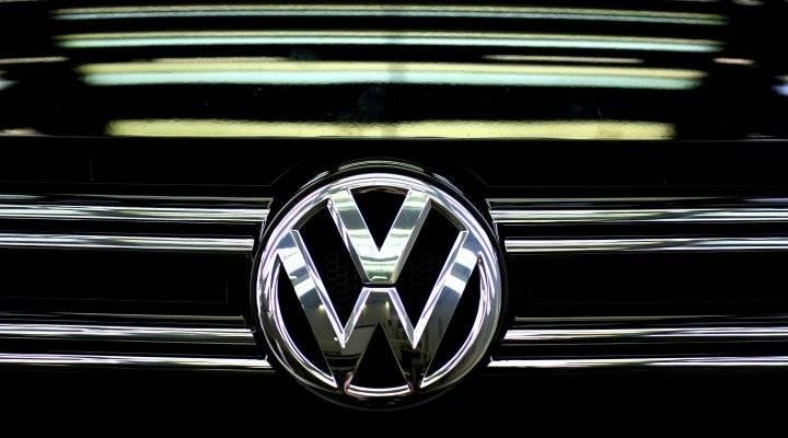 VW Diesel Scandal CEO Resigns
