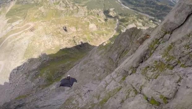 Daredevil Wingsuit