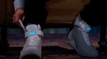 Michael J Fox Nike Self Lacing Shoes Video