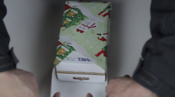 How To Wrap Christmas Presents Life Hack Video