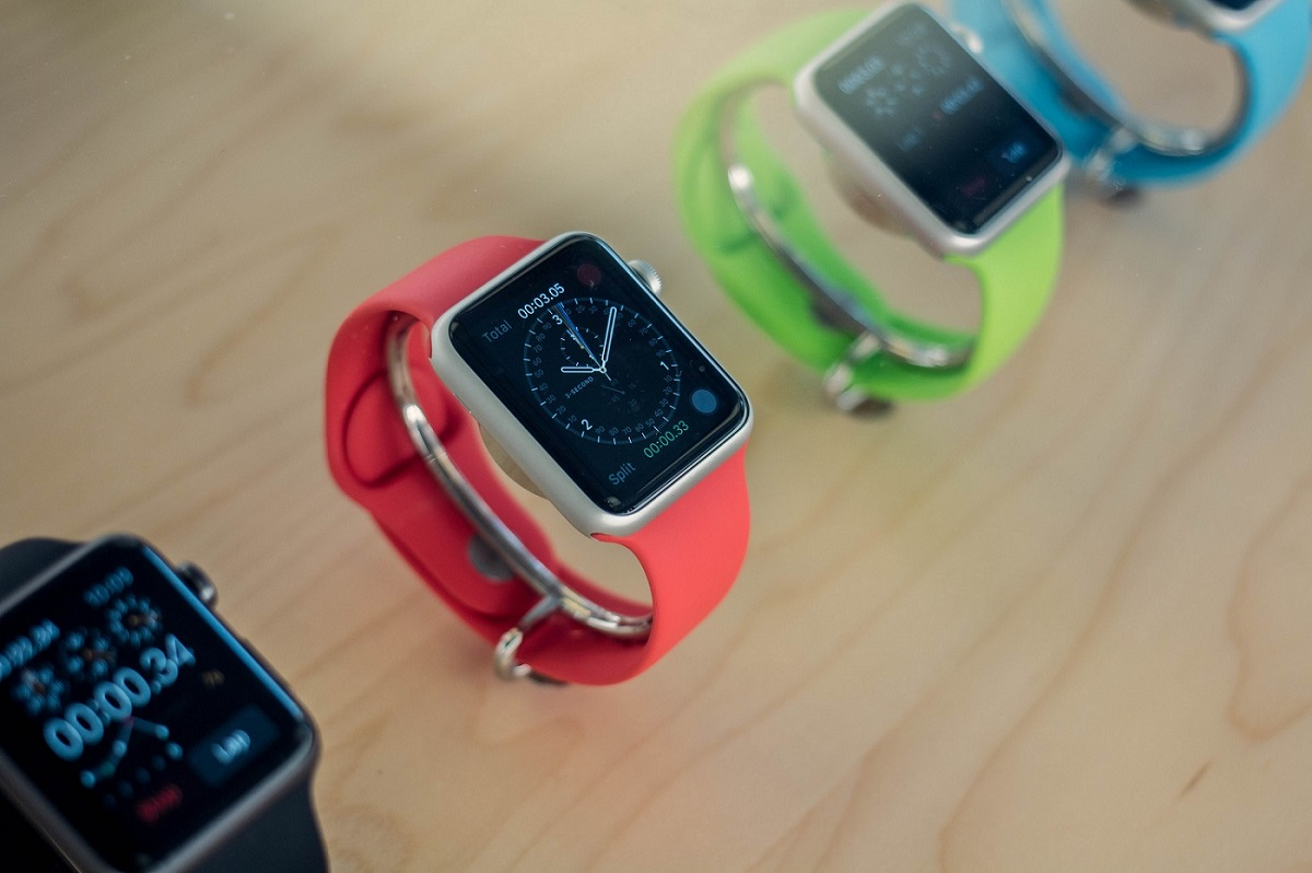 Apple Watch Series 1 vs 2