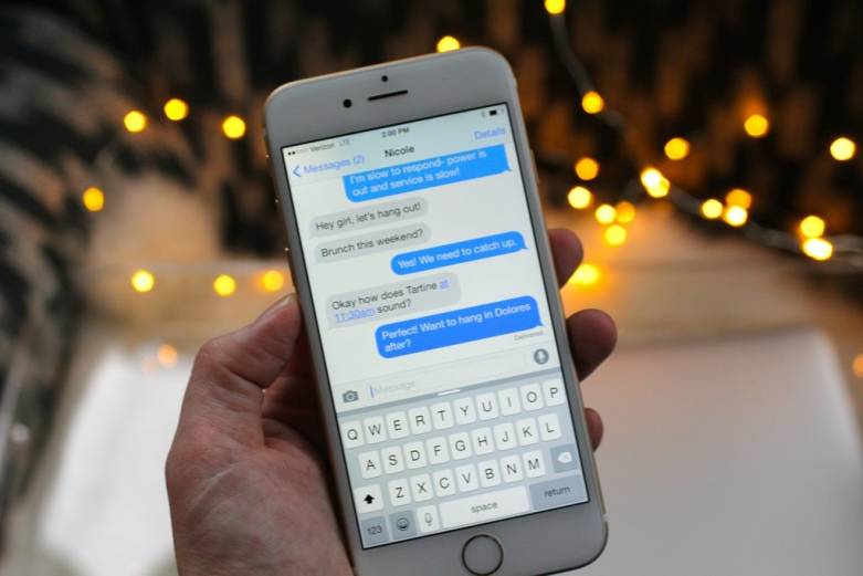 iPhone 6s Keyboard: Microsoft Word Flow