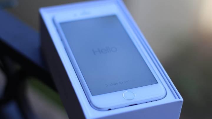 Tim Cook Exlpains iPhone Sales Decline
