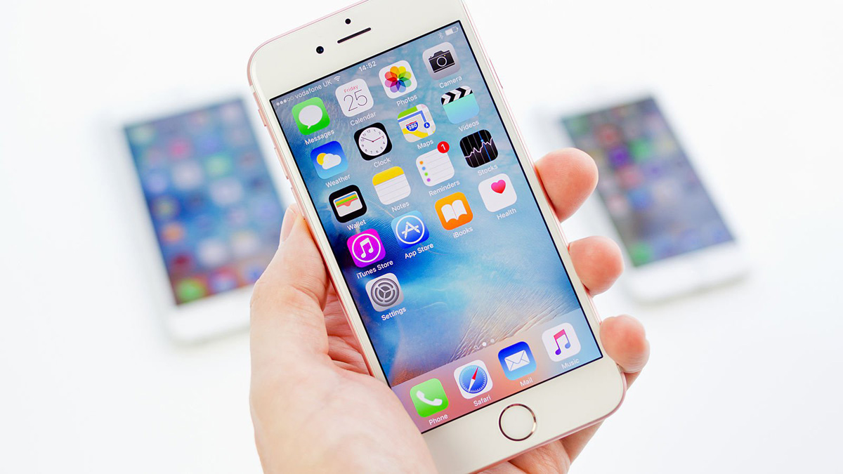 iPhone 7s iPhone 8 AMOLED Display