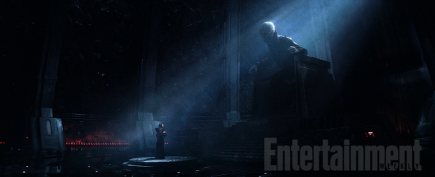 star-wars-force-awakens-supreme-leader-snoke-official-photo-2