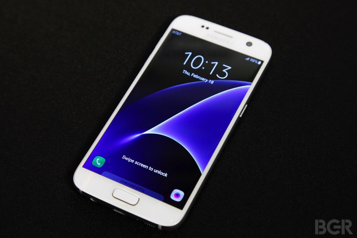 Galaxy S7 Edge Tips microSD Adoptable Storage