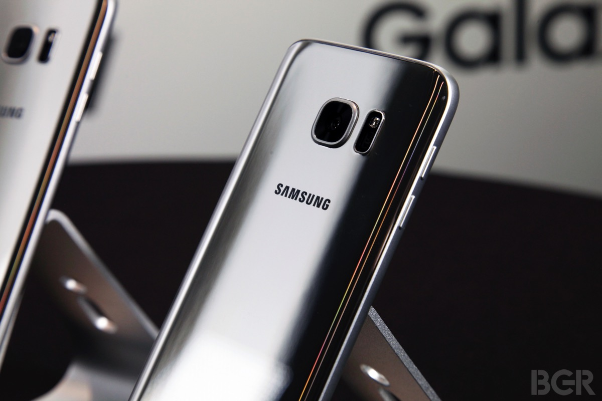 Galaxy S7 Buy one, get one free