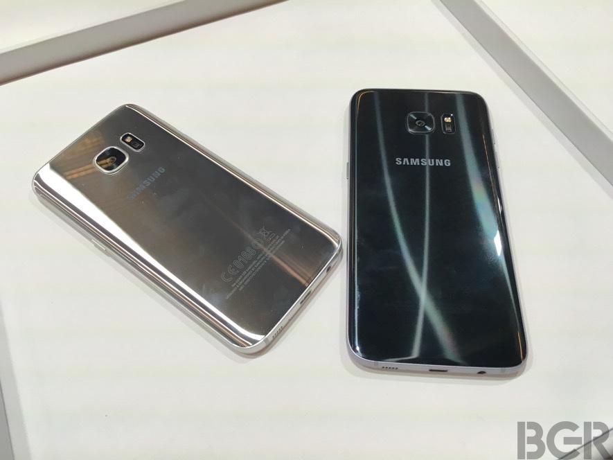 Galaxy S7 iPhone 7 Camera