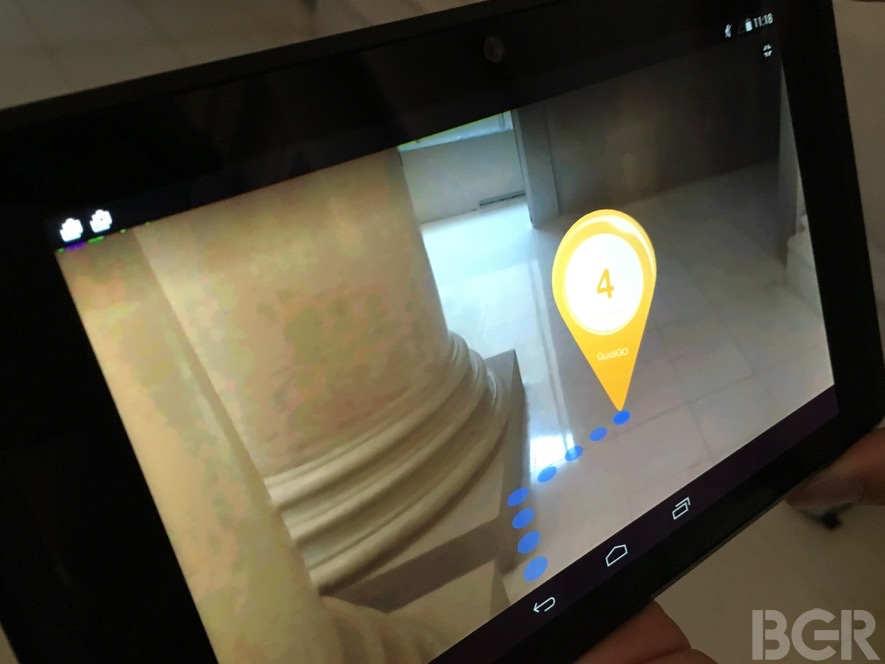 mwc-2016-google-lenovo-project-tango-hands-on-8