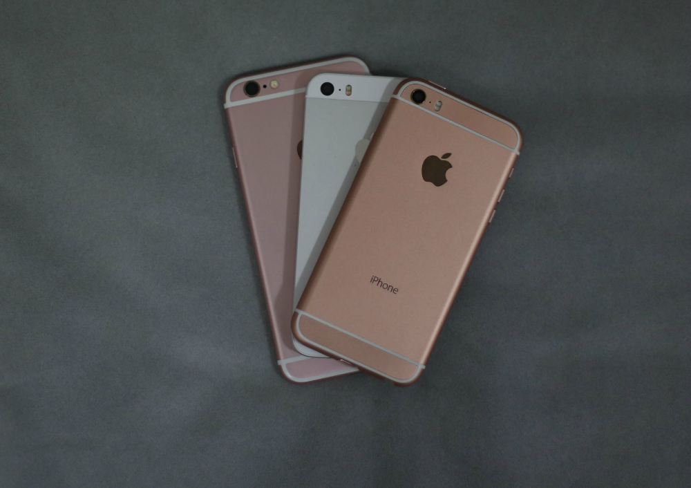 iPhone SE iPhone 6s Camera Specs