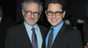 Steven Spielberg. J.J. Abrams: Screening Room