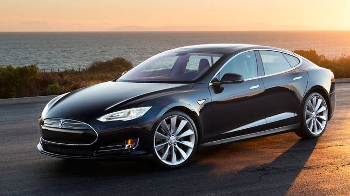Tesla Model S TACC Accident