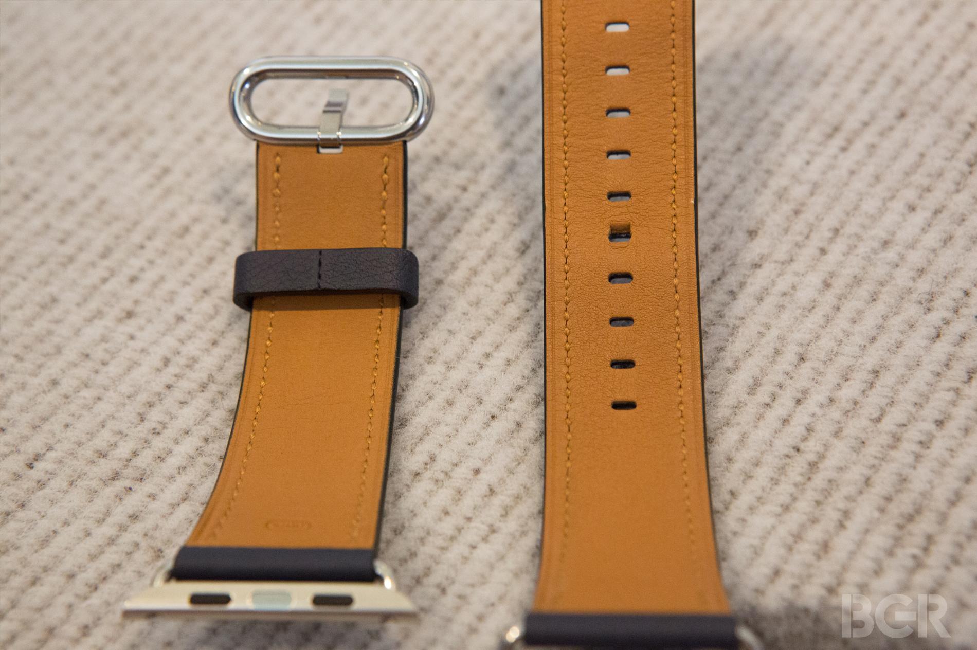 Apple-Watch-Classic-Buckle