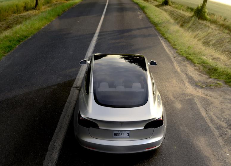 Tesla Model 3 iPhone Comparison