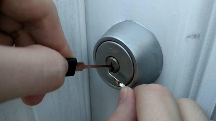 Hackers RFID Badge Security