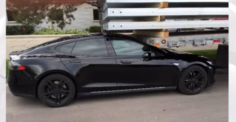 Tesla Summon Crash