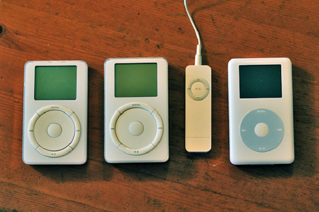 Forget Baseball Cards Old Ipods Are Selling For Thousands Of Dollars On Ebay Bgr
