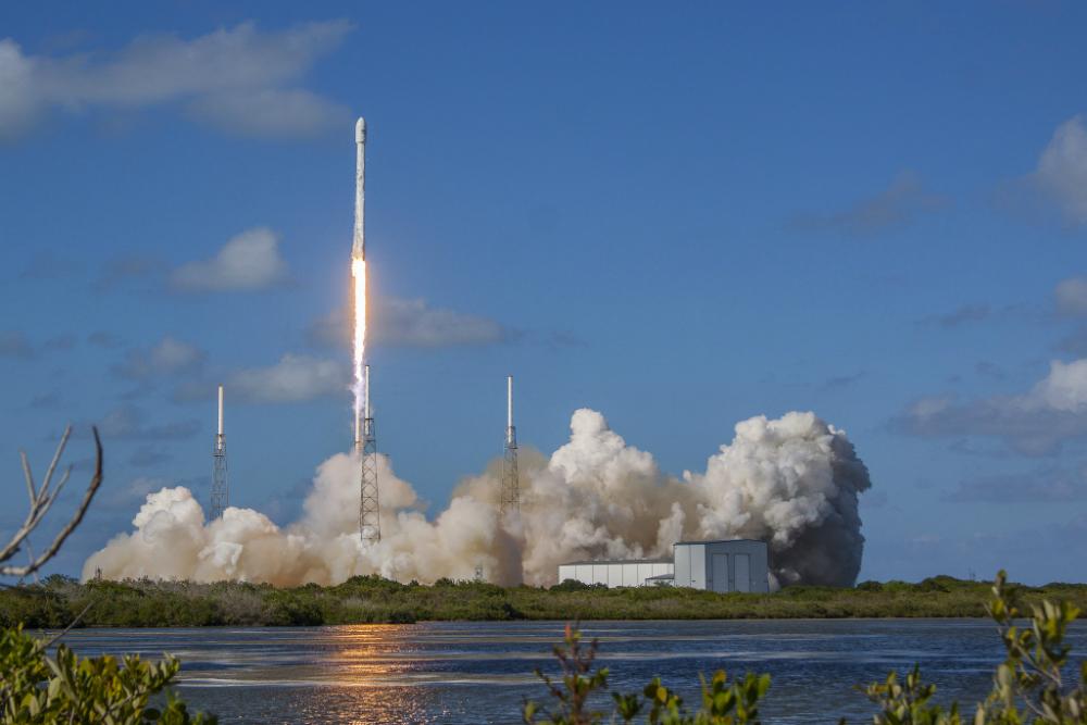 SpaceX Falcon 9 launch, live stream
