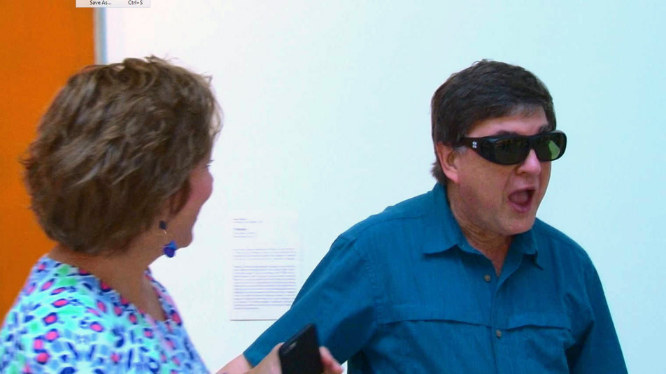 Color Blind Glasses Let Man See Full Color For First Time