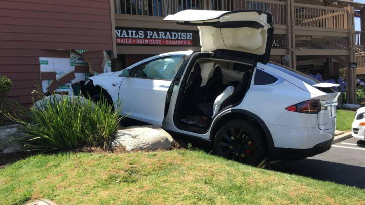 Tesla Model X Parking Crash