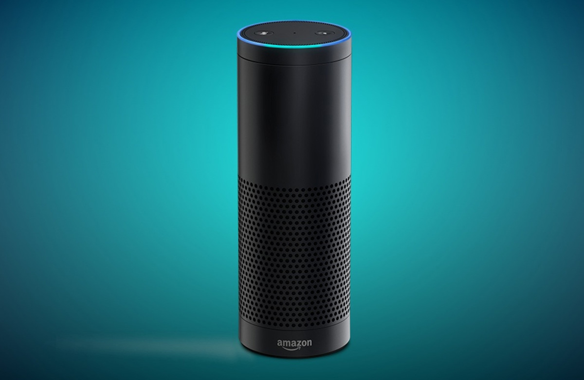Amazon Echo Look is a Alexa-powered hands-free camera