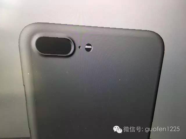 iphone-7-3d-renders-nowhereelse-4
