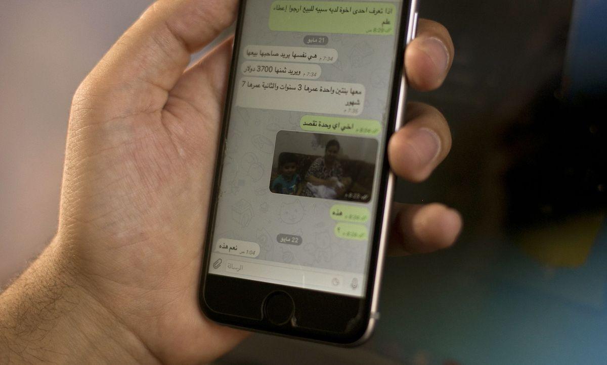Whatsapp encryption broken