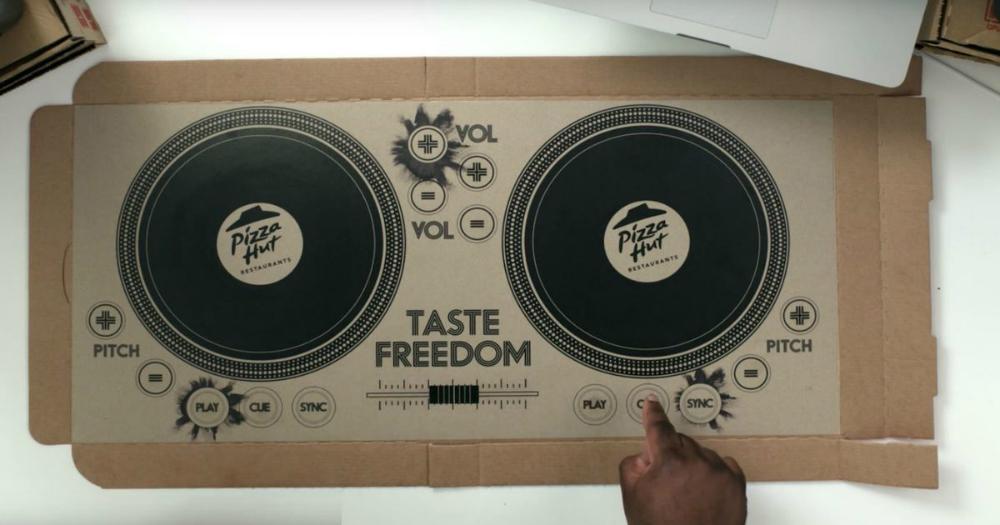 Pizza Hut Playable DJ Pizza Box