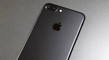 iPhone 7 Matte Black Chipped Paint