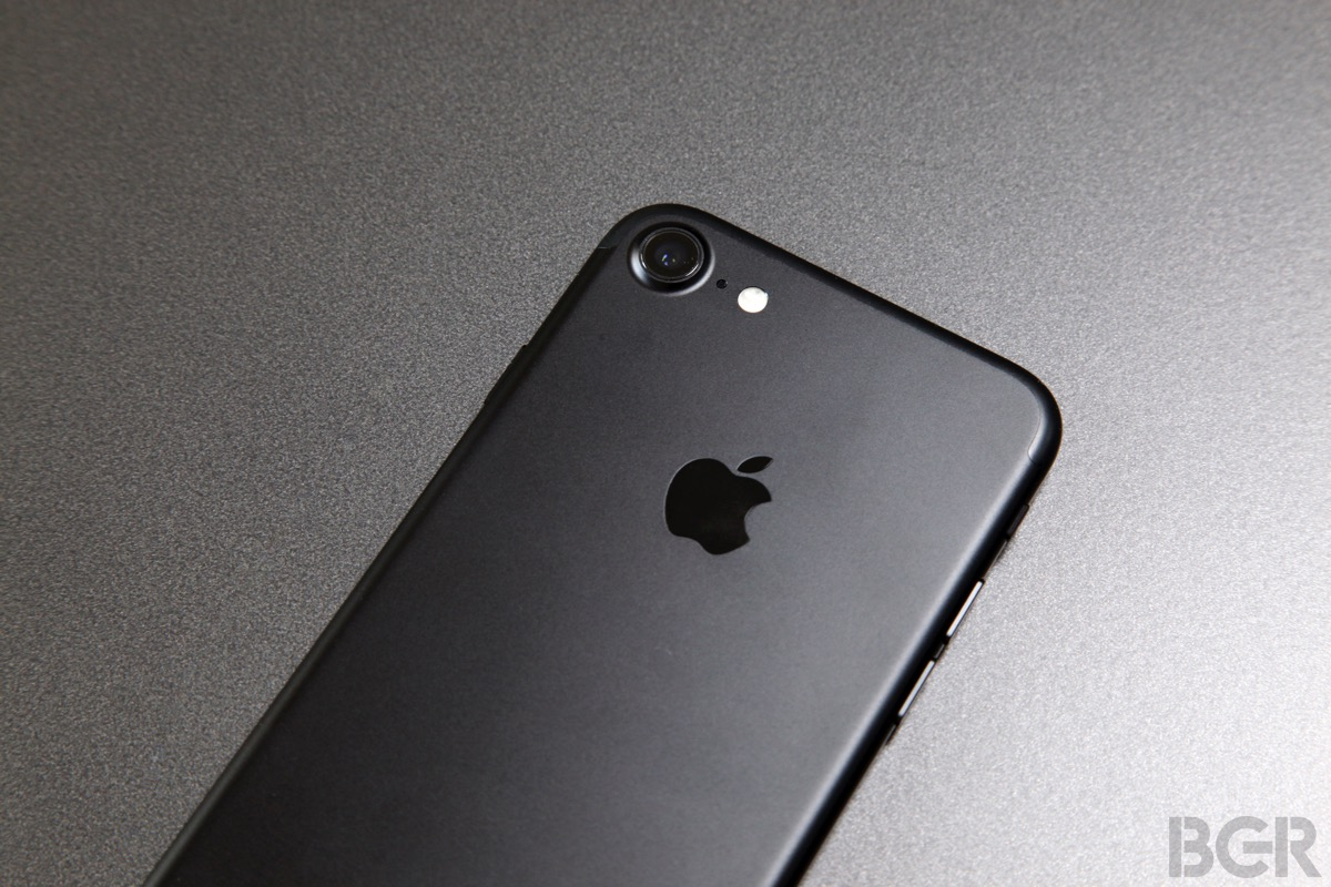 Cyber Monday iPhone 7 Deals: T-Mobile