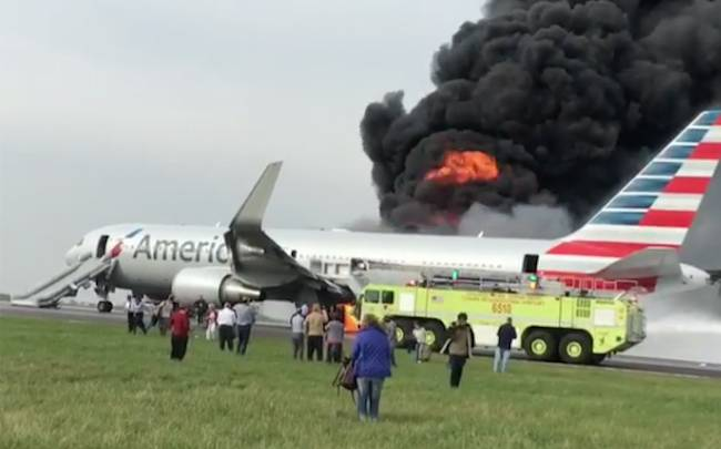 Video Airplane Fire Evacuation