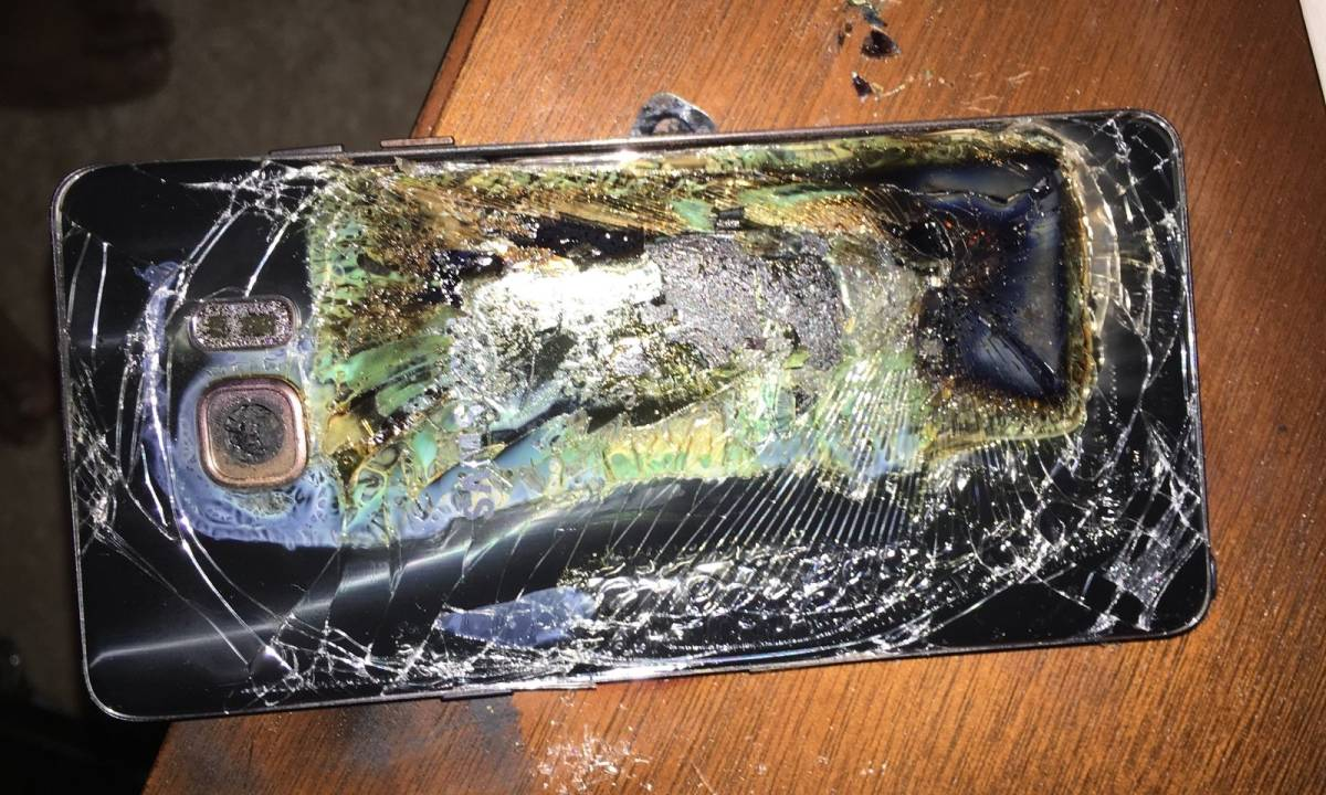 Galaxy Note 7 Exploding